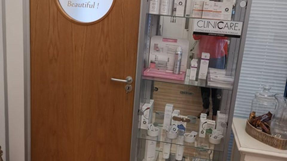 clinic room 01